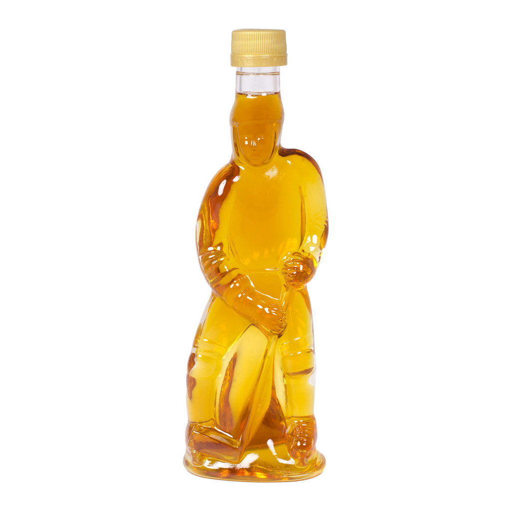 Collector's Edition Hockey Player Maple Syrup by Jakeman's