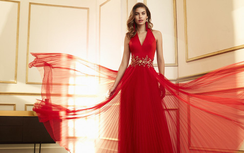 Marfil tulle pleat evening gown with halter top (4J1A5SATE0820)