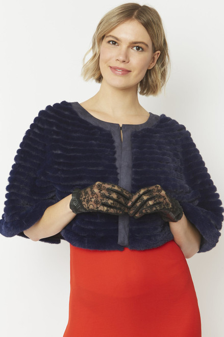 Jayley Ribbed faux fur cape (FMCT25A)