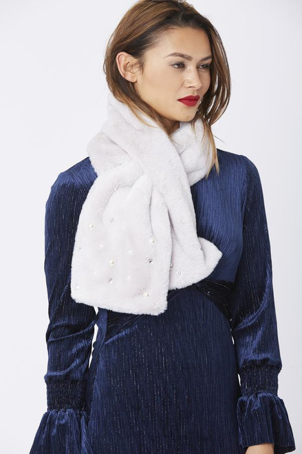 Jayley Faux Fur With Pearls Details Scarf (FMS10A)