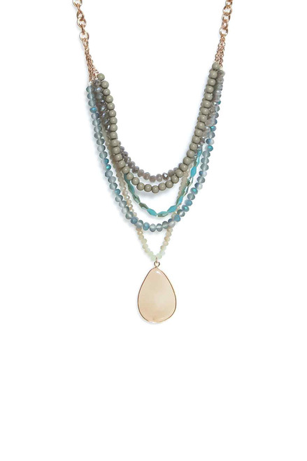 Green Layered Necklace. (1389/N/H)