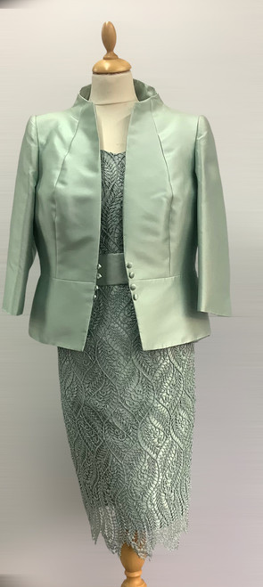 Carla Ruiz pistachio lace suit (92639). beautiful spanish suit. lace dress and short jacket. perfect for petite lady. dress can be worn with the belt or without.