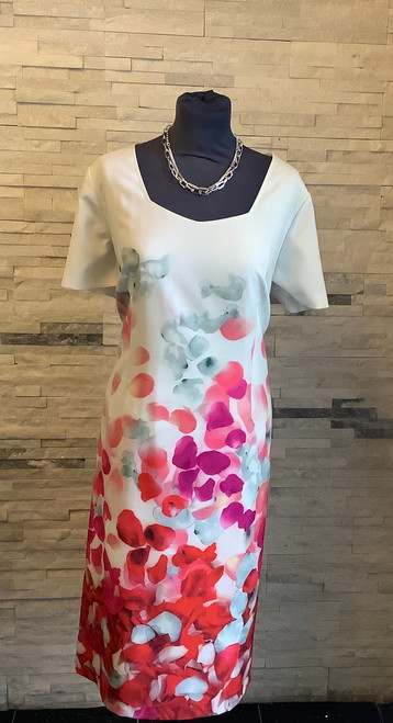 Personal Choice shift dress (PCS19151) Perfect dress for a smart lunch!  Shift dress in ivory with print in tones of pink an red, short sleeved with a sweetheart neckline.