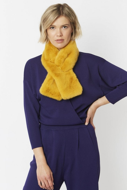Jayley Faux Fur Scarf (FMS55A-0Y)Fun faux fur scarf to keep you snug and stylish on chilly days