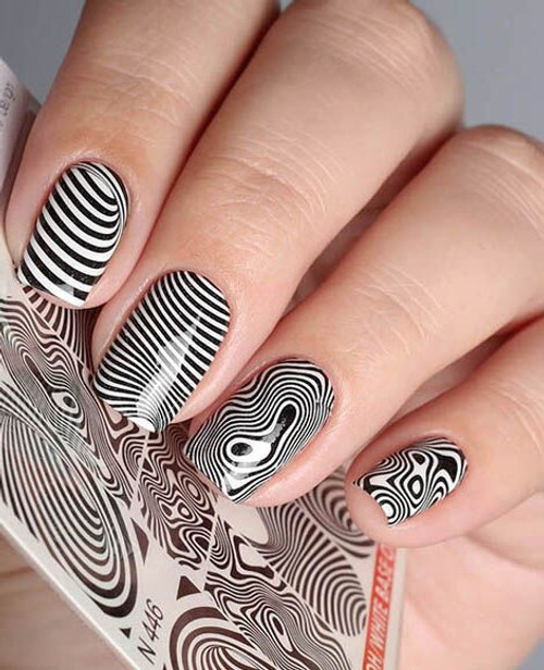 enVogue Simply Decals Black and White  Psychedelic Swirls N446