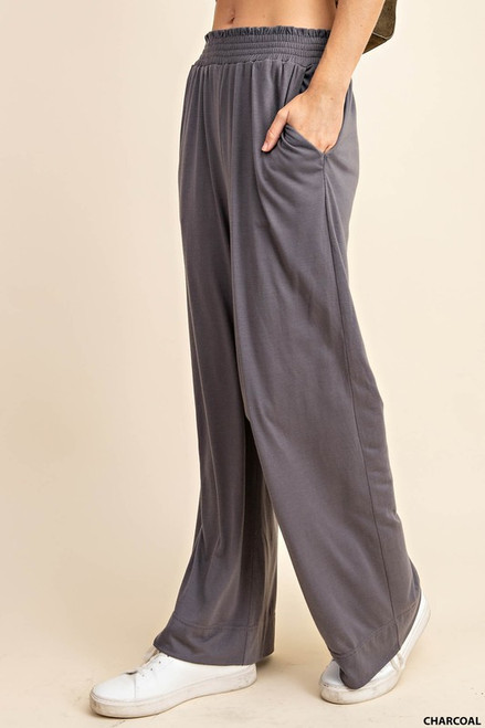 Waist pointed wide pants with pockets