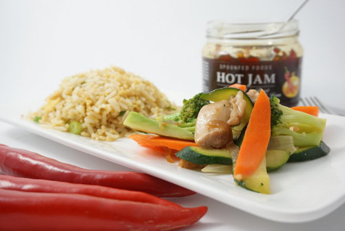 Chicken and cashew nut stir-fry with Hot Jam