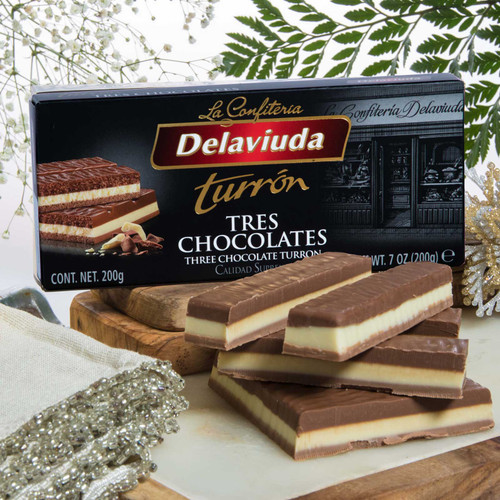Three Chocolate Praline bar by Delaviuda