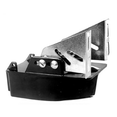 Airmar Mounting Bracket for Fixed bracket with no kick-up for P26, P37, P52 and P55.