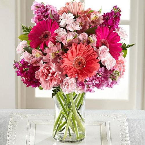 The Blushing Beauty™ Bouquet
