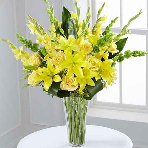 The Glowing Ray™ Bouquet