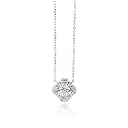 Vintage-Inspired Clover Necklace