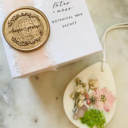 Crystal infused Botanical Wax Sachet - Lotus + Moss