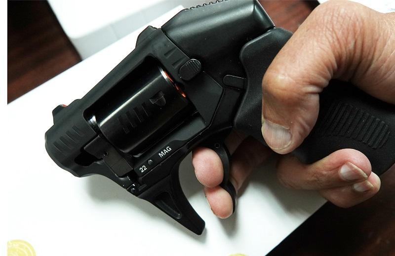 gun-16.jpg