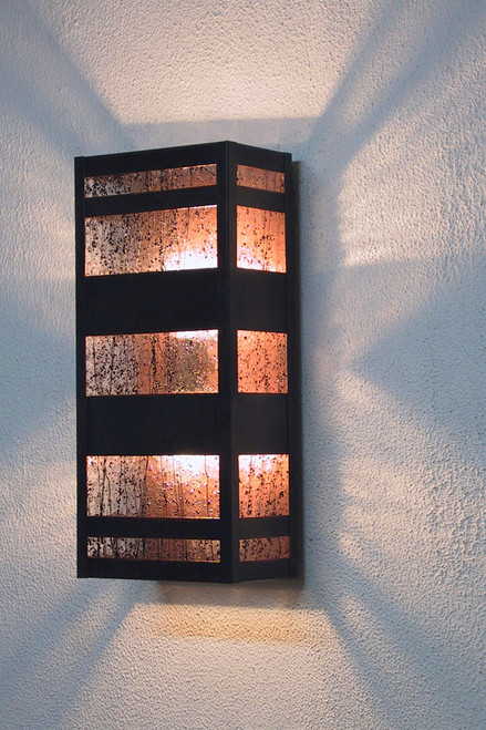 Black Frit & Streamer Glass shown illuminated.