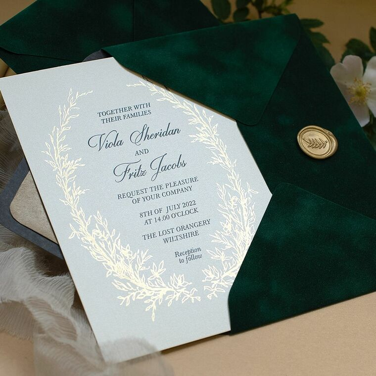 sample of Gold Wreath & Velvet Green