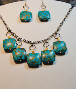 Turquoise semi precious stones with yellow accents necklace set