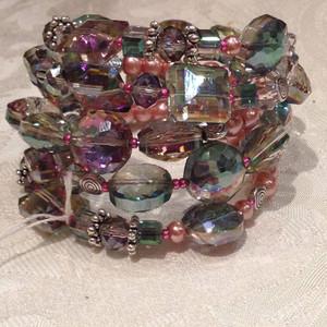 Carnival glass shaded wrap bracelet