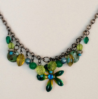 green tone necklace