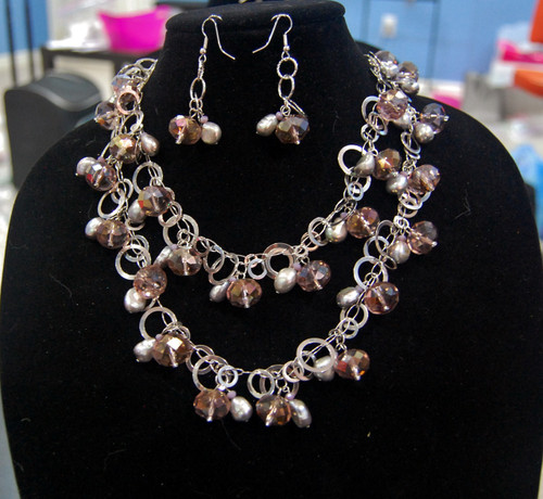 Rose crystal and grey freshwater pearls necklace set