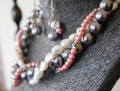 Twisted Freshwater Pearl and Crystals Necklace Set