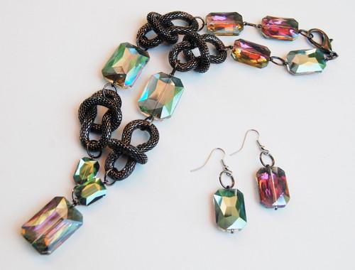 Carnival glass hued Crystal Drop with Gun Metal Mesh Loops Necklace Set