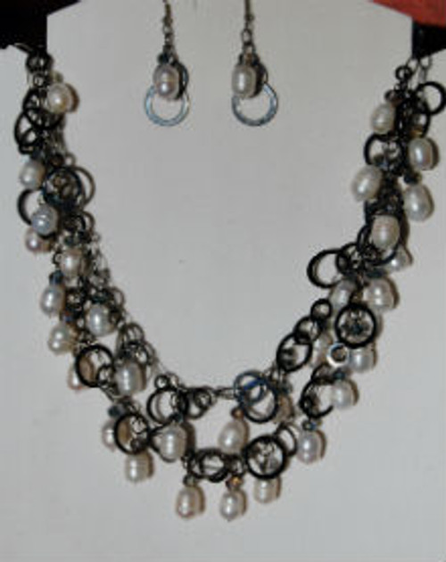 Freshwater Pearl and Gun Metal Necklace Set