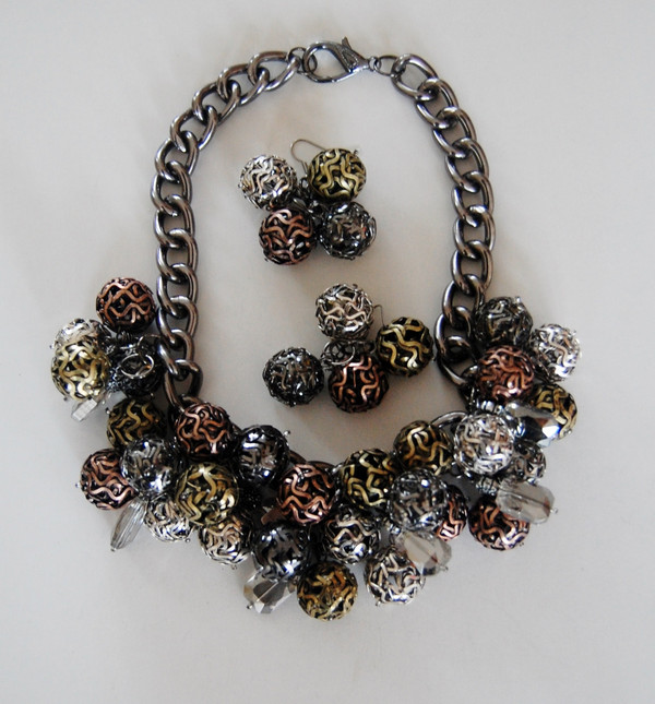 Mesh Balls set off with Crystals  Cluster Necklace Set