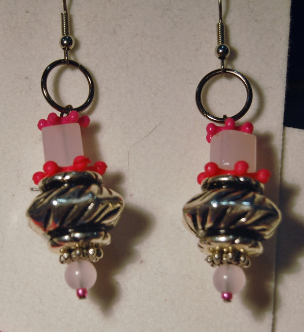 Pink Abstract Wood and Glass Bead Necklace Set