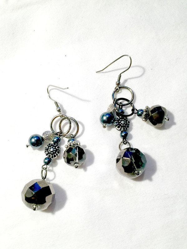 Silver grey crystals drop earrings