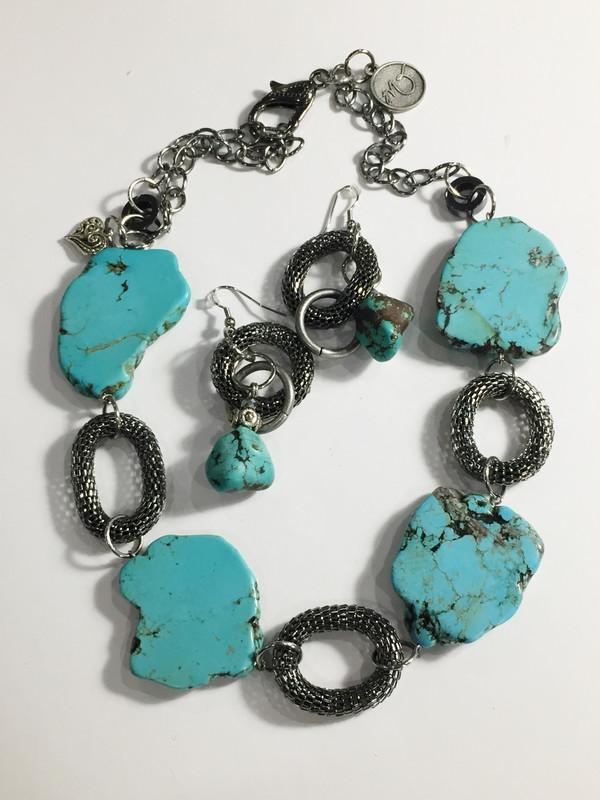Turquoise Necklace set - short