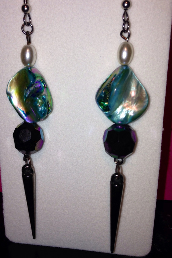 Turquiose and bead drop earrings