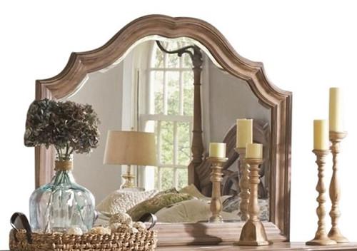Livvy Mirror