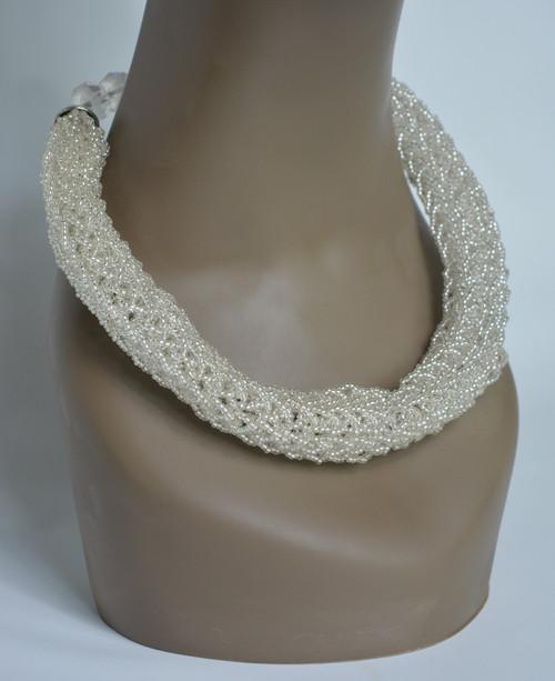 Wonder & Knitter Necklace - White