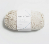 Spot, Spøt Klompelompe, Sandnes Garn from Norway, Norwegian made yarn, Alpaca and merino wool and nylon, Klompelompe yarn in the US, Sandnes Garn in US