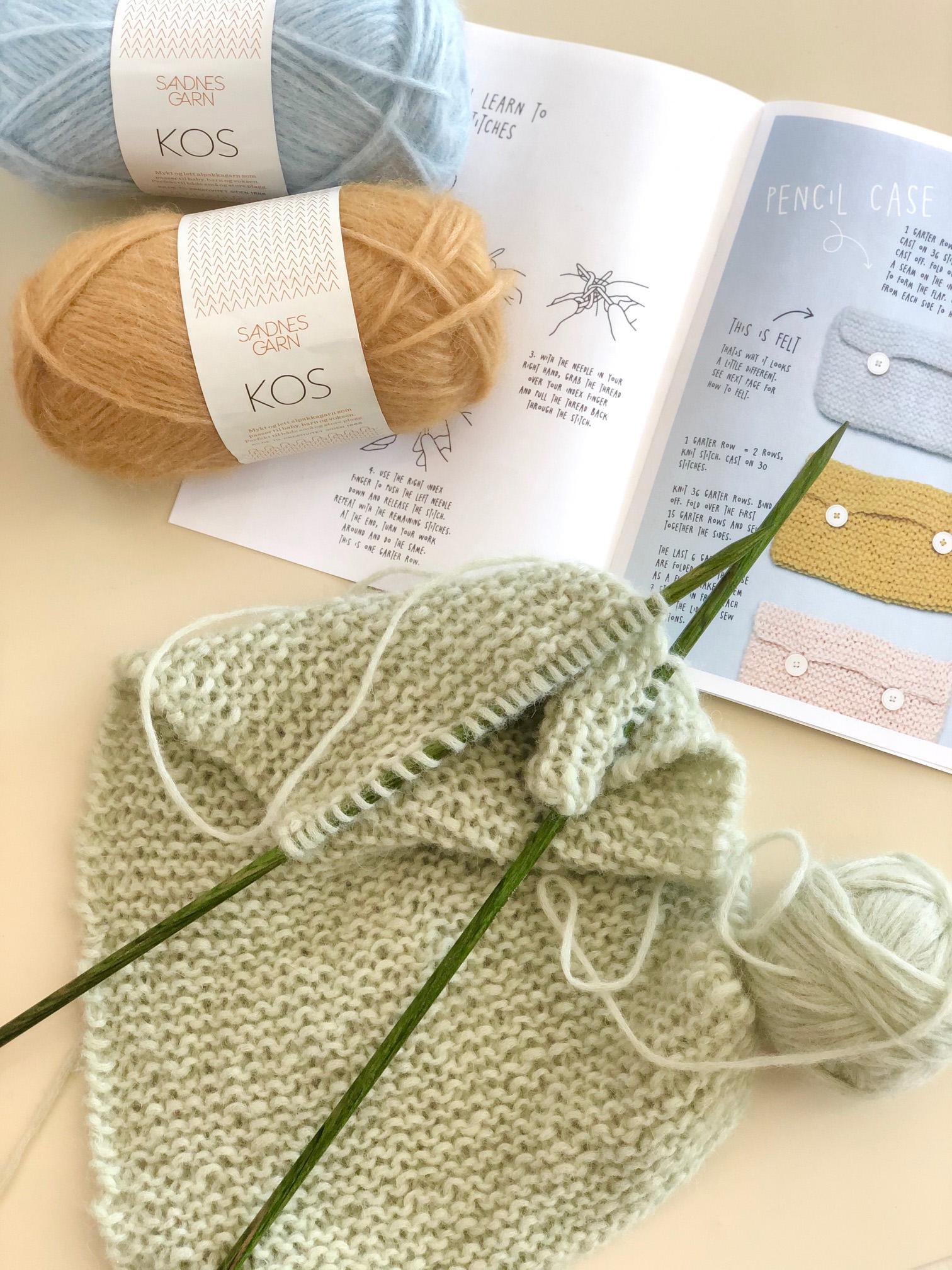 Knitting class, beginning knitting