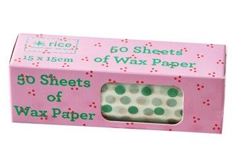 Wax paper with blue dots, 50 sheets, 15 x 15 cm.
