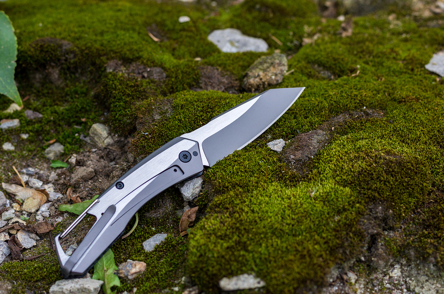 titanium-folding-knives