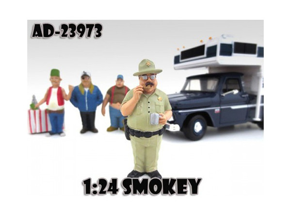 """Smokey """"Trailer Park"""" Figure For 1:24 Diecast Model Cars By American Diorama (Pack Of 3) 23973"""