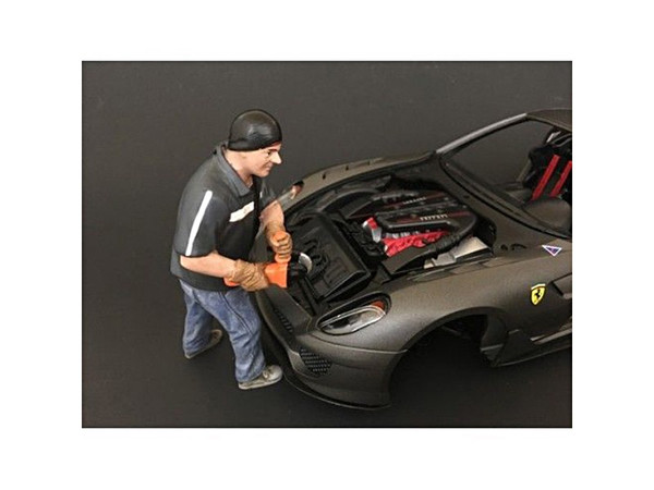 """""""Chop Shop"""" Mr. Chopman Figure For 1:24 Scale Models By American Diorama (Pack Of 3) 38261"""