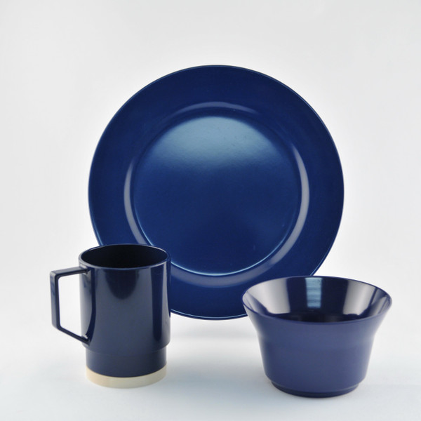 1027-S 18 Galleyware Blue 18 Piece Melamine Non-skid Dinnerware Set