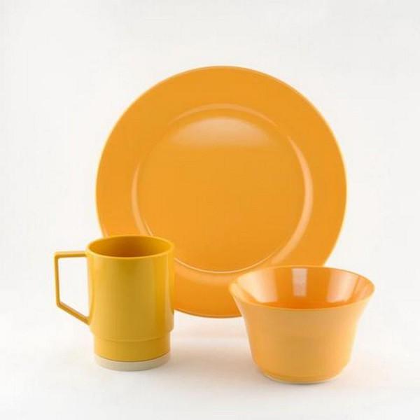 1035-S 12 Galleyware Mustard 12 Piece Melamine Non-skid Dinnerware Set