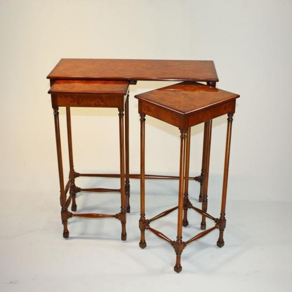 33040 Vintage Table Set Of 3 In Walnut Finish