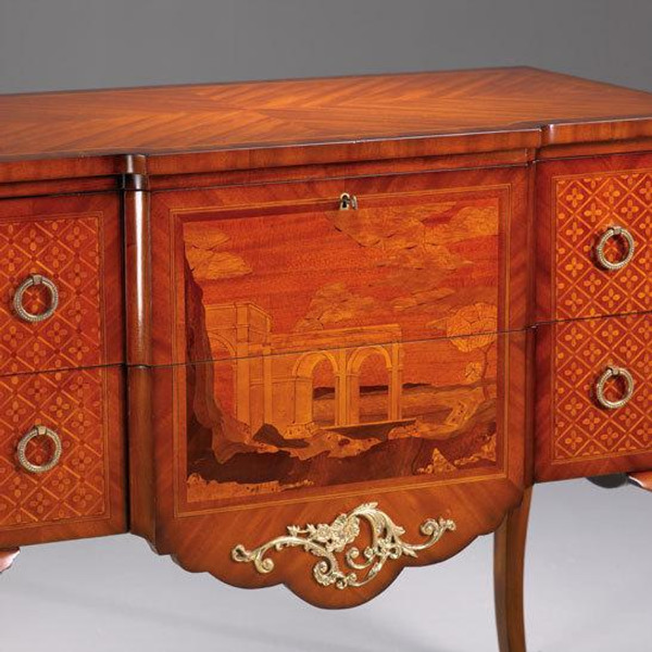 33304 Vintage Rectangular Marquetry Commode In Wood Finish