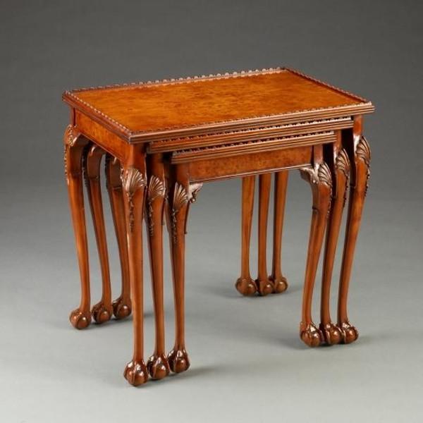 33504 Vintage Nesting Table Set Of 3 In Walnut Finish