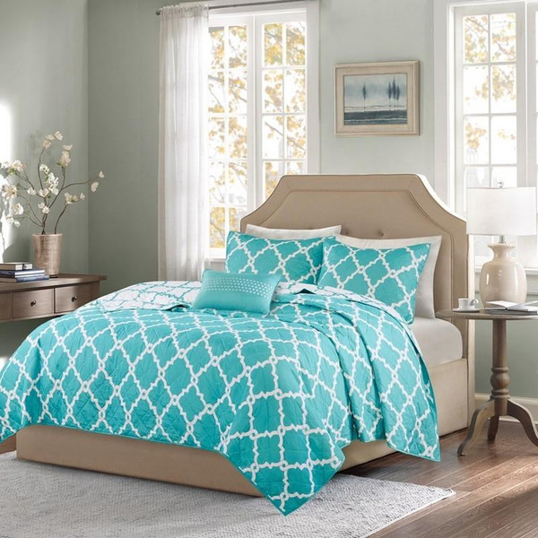 4 Piece Reversible Coverlet Set -Full/Queen MPE13-132 By Olliix