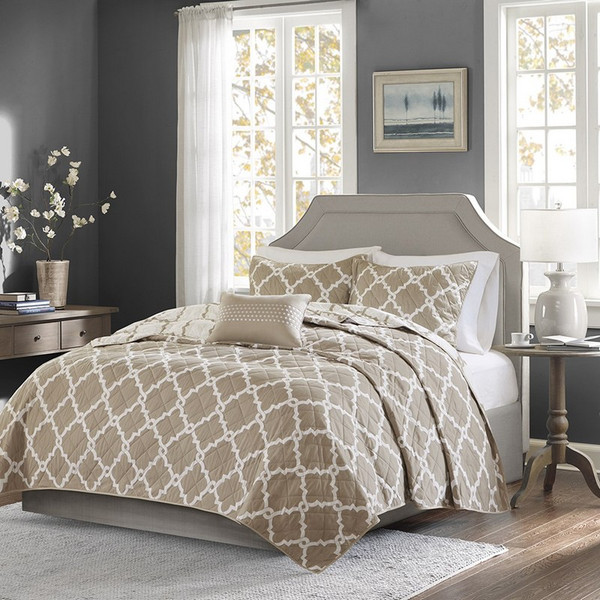 4 Piece Reversible Coverlet Set -Full/Queen MPE13-242 By Olliix