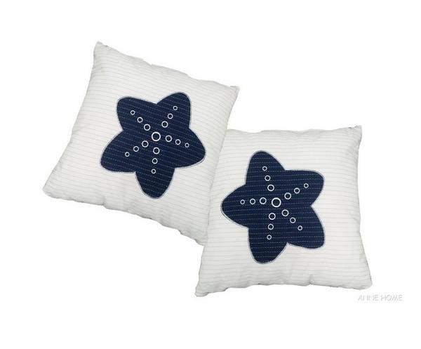 AB903 White Pillow Blue Star Set Of 2