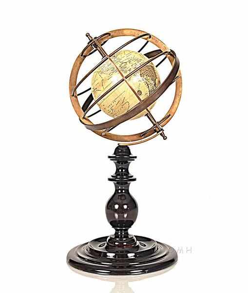 ND032 Globe in Brass rings by Old Modern Handicrafts