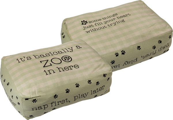 101672 Pet Bed - Basically A Zoo By Primitives by Kathy